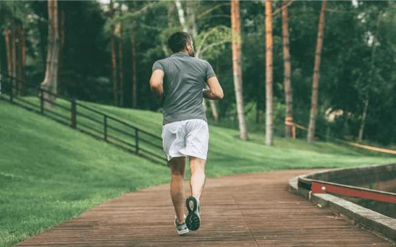 đi bộ giúp cải thiện rối loạn cương dương